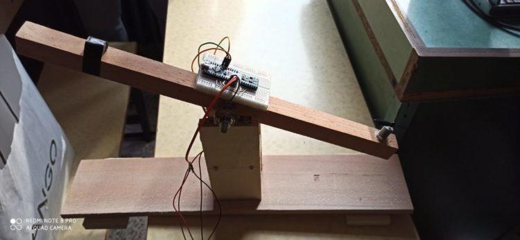 Tek Rotorlu PID Kontrollü Denge Sistemi